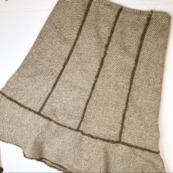 LOFT Dresses & Skirts - LOFT Silk/wool skirt sz 6P